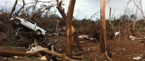 Pictures from the tornado in Piedmond Oklahoma