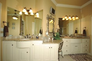 Gorgeous master bathroom in oak tree