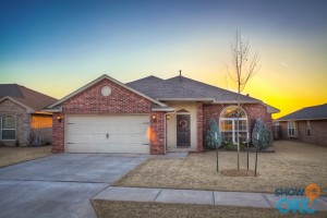 SOLD IN 19 DAYS – 2266 Blue Jay Dr in Scissortail Landing